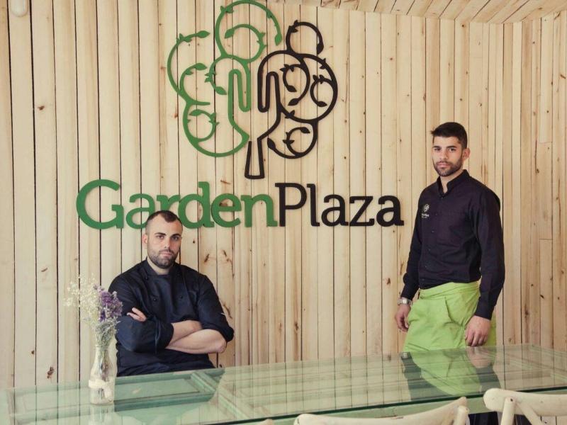 Garden Plaza, Granada
